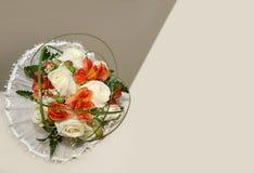 婚姻花束中央dof花焦点低点的玫瑰 库存图片