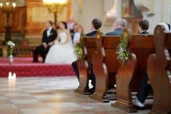 婚姻装饰的美丽的野花 免版税库存照片
