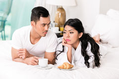 婚姻问题-妻子拒绝的人感觉 免版税库存图片
