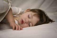 婴孩休眠 免版税库存照片
