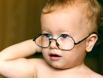 婴孩太阳镜 图库摄影