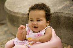 婴孩愉快微笑 库存图片