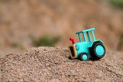 婴孩拖拉机 免版税库存照片