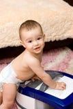婴孩擦净剂逗人喜爱的真空 免版税库存图片