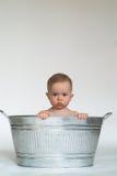 婴孩木盆 库存照片