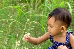 婴孩本质使用 免版税库存图片
