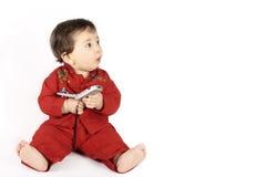 婴孩查找您的消息 免版税库存图片