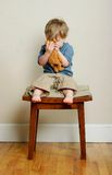婴孩熊拥抱 库存照片