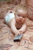 婴孩电视v 库存照片