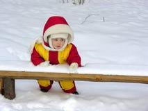 婴孩立场冬天 库存图片
