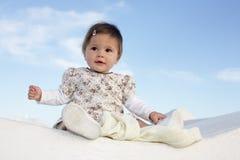 婴孩美好女孩微笑 免版税库存图片