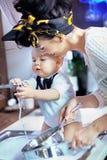 婴孩美好的帮助洗涤物 库存图片