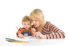 婴孩颜色凹道相当母亲铅笔 库存照片