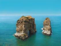 黎巴嫩和贝鲁特鸽子岩石的标志 库存照片