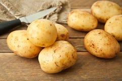 嫩土豆土豆 库存照片
