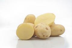 嫩马铃薯   免版税库存图片