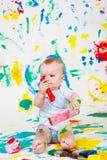 嬉戏婴孩的绘画 免版税库存照片