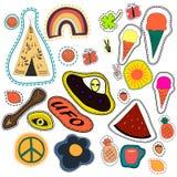 嬉皮刺绣手拉的补丁收藏 传染媒介集合例证咖啡,箭头,圆锥形小屋,彩虹,菠萝 库存例证