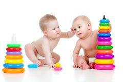 子项上色发展使用的玩具 免版税库存照片