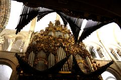 孔波斯特拉的圣地牙哥大教堂的器官  免版税库存照片