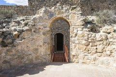 孔苏埃格拉塔中世纪城堡托莱多, Sp省的  库存图片