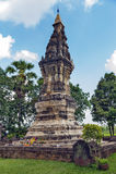 孔Khao Noi、古老stupa或者chedi奉祀圣洁菩萨遗物益梭通府,泰国找出的Phra 库存照片