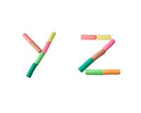 字母表在彩色塑泥y z上写字 免版税库存图片