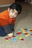 字母表识别编号学龄前儿童对尝试 免版税库存照片