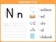 字母表追踪的活页练习题:文字A-Z 库存照片