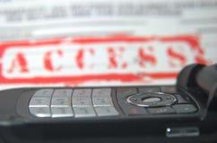 存取移动电话 免版税库存照片