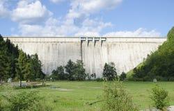 存贮水坝-比卡兹-罗马尼亚 免版税库存图片