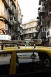 孟买,Marhashtra,15日11月印度/,2018年:Colaba地区街道和城市视图  免版税库存照片