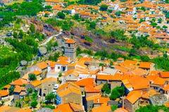 孟山都村庄鸟瞰图 葡萄牙 库存照片