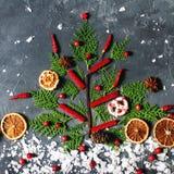 季节性圣诞节装饰平的位置,寒假概念 库存照片