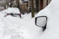 季节的第一场雪风暴击中蒙特利尔,加拿大 免版税图库摄影