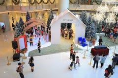 季节购物中心圣诞装饰 免版税图库摄影