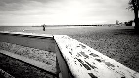 孤独在海滩 库存照片