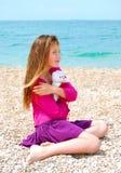 孤独的女孩 免版税库存图片