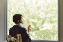 孤独的日本妇女 免版税库存照片