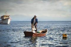 孤独的渔夫 免版税库存照片