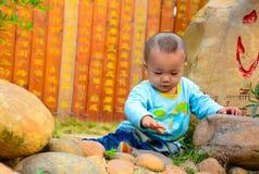 孤独的婴孩(亚洲,中国,汉语) 免版税库存图片