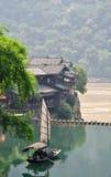 孤立小船中国的捕鱼 库存图片