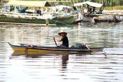 孤立的渔夫 图库摄影