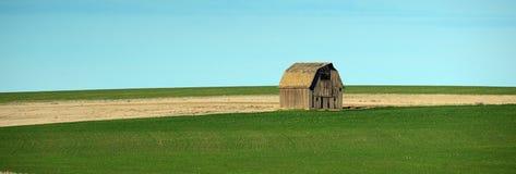 孤立的谷仓 库存图片