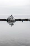 孤零零小船在港口 图库摄影