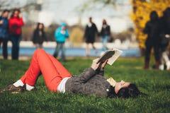 学习和放松 免版税库存图片