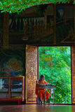 学习寺庙的修士 免版税图库摄影
