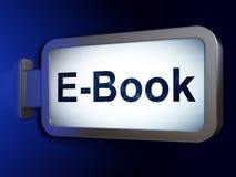 学习概念:在广告牌背景的E书 免版税库存照片