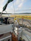学会航行一条游艇在克罗地亚 图库摄影