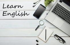 学会英国概念 对学会语言的时间 库存图片